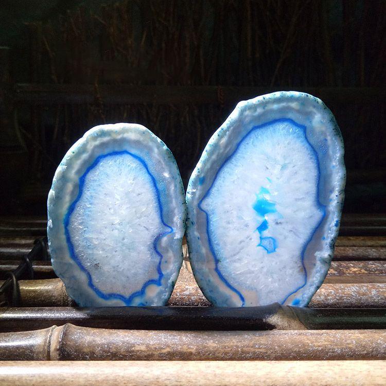 Random delivery natural blue agate color slice pendant Quartz striated slice necklace coaster blue agate slice creative lighting