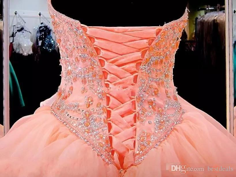 Coral Quinceanera Dresses 2017 Sweetheart Masquerade Ball Gowns Crystal Beaded Corset Organza Ruffles Floor Length Long Sweet 16 Prom Gowns