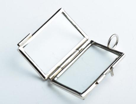 46x25cm small rectangle glass lockets pendants memory locket 46x25cm small rectangle glass lockets pendants memory locket blank locket for necklace glass locket locket necklace metal charms online with mozeypictures Choice Image