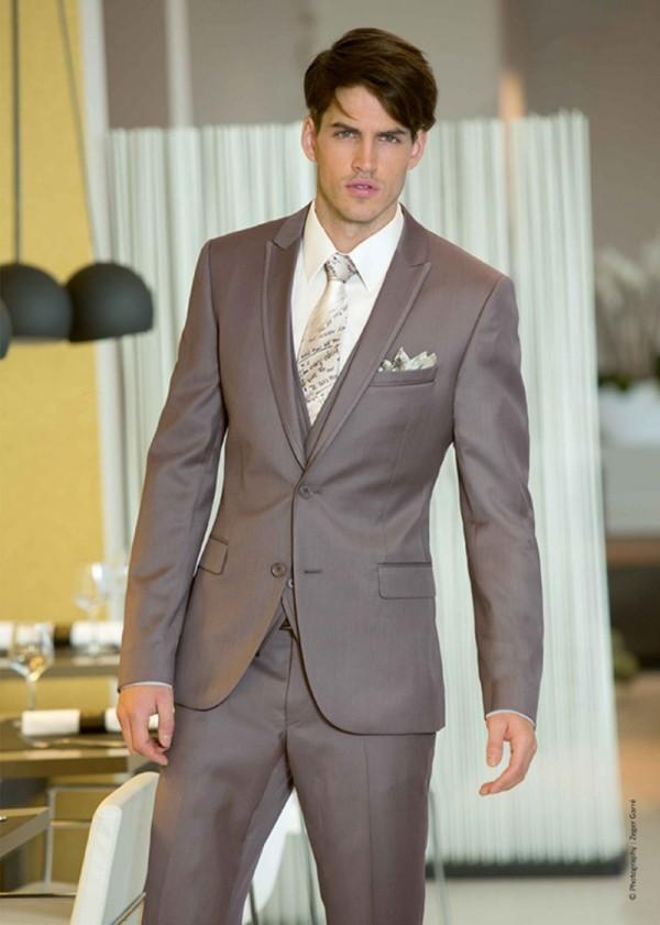 New Style Brown Mens Wedding Tuxedos Peaked Lapel Wedding Suits ...