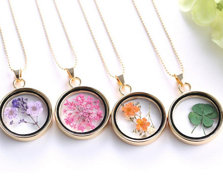 Fashion Four Leaf Clover Shamrock Real Dry Flower Necklace Assorted Pressed Botanical Circle Pendant Lucky Charm Floating Locket