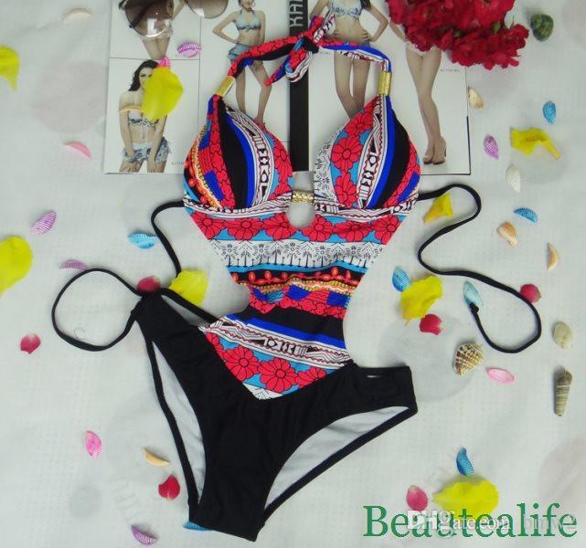 Ventas al por mayor Mujeres Dama Backless Swimwear Traje de baño de una pieza Monokini Push Up traje acolchado