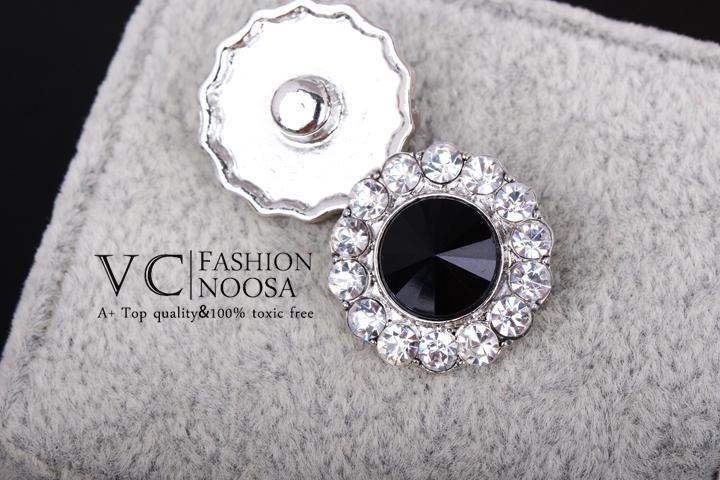 Vocheng Noosa مجوهرات ديي الإكسسوار 18 ملليمتر كريستال زر المفاجئة Vn-124