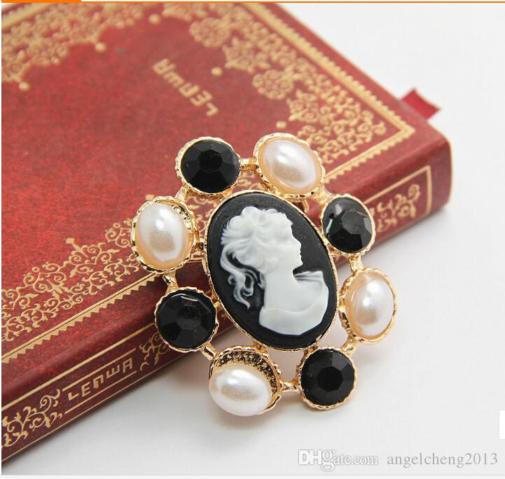 Retro Fashion Jewelry Accessories Pectoral Brooch Cameo Pearl Acrylic Gem Pin Brooch Charm Antique Women Y113