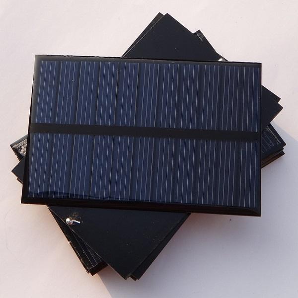 1.8 واط 5.5 فولت وحدة الخلايا الشمسية الكريستالات diy الشمسية لوحة شاحن systm ل 3.7 فولت batttery الصمام الخفيفة 123 * 83 * 3 ملليمتر