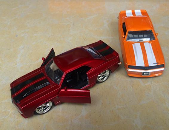 12 JADA GM Set SRT Mustang 1:32 araba modeli alüminyum alaşım araba spor araba model oyuncaklar
