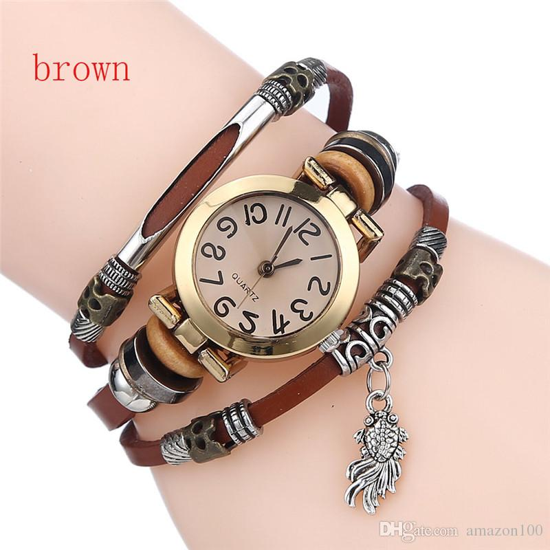 In stockFree delivery of high quality female cortical retro watches, small fish pendant bracelet watch jewelry Christmas gifts