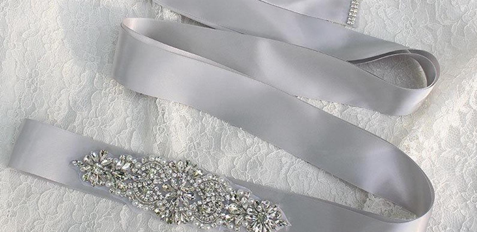 2017 New Nupcial Caixilhos De Cristal Beads 100% Real Imagem Branco Preto Verde Rosa Em Estoque Cintos De Noiva Para O Casamento Festa À Noite Frete Grátis