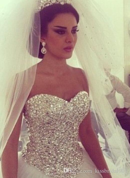 Prinsessa bröllopsklänningar kristall brudklänningar boll klänning älskling hals ärmlös golv längd vit tulle arabiska bröllopsklänningar lyx