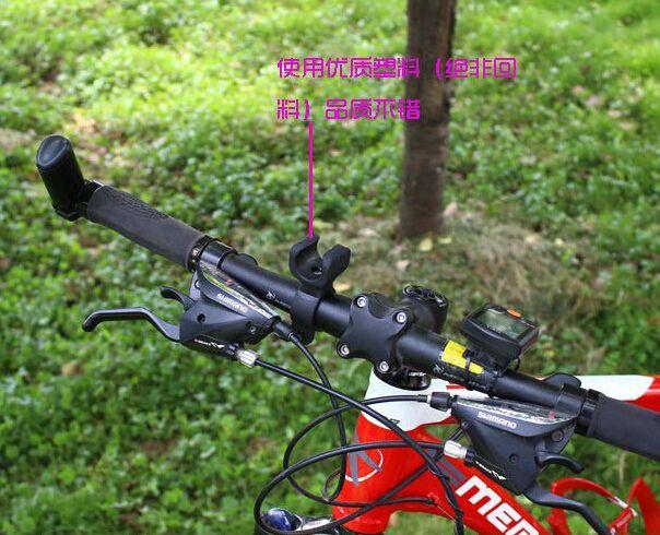 Epacket gratuito, 360 gradi girevole bici bici LED torcia elettrica luce supporto staffa torcia clip morsetto ciclismo grip mount 25-31mm