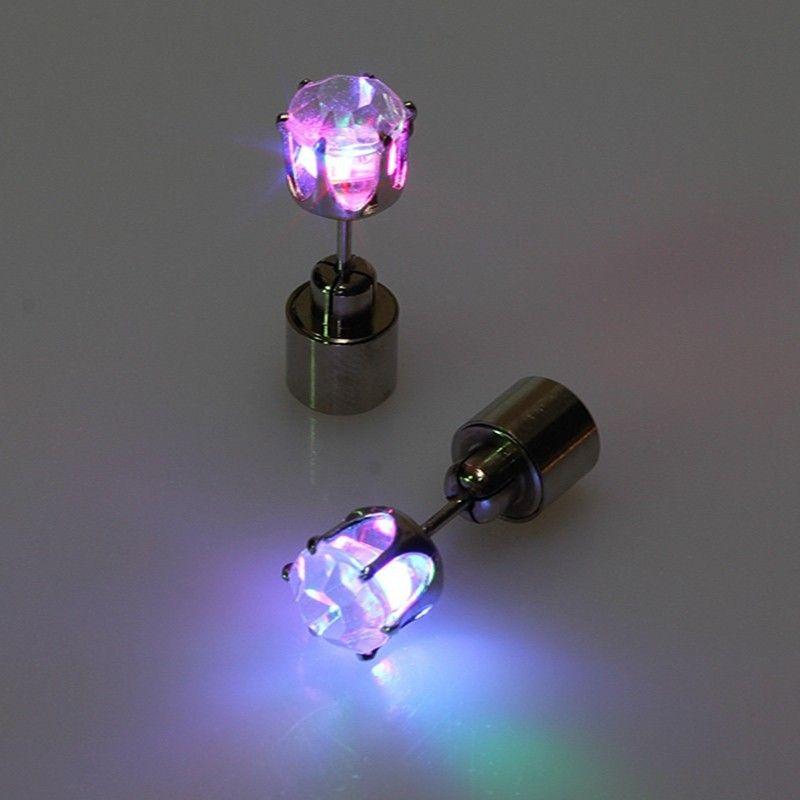 1 Parça Moda Kadınlar Için LED Işıltılı Küpe 2015 Yeni Parti Benzersiz Takı Kadınlar / Erkekler Led Işık Işık Küpe