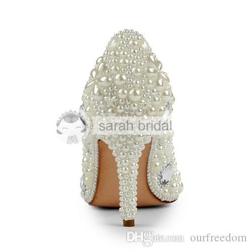 Zapatos de boda modestos 2019 con perlas de diamantes de imitación punta abierta del dedo del pie puntiagudo tacón alto por encargo de marfil fiesta de la mujer baile de noche zapatos de novia MA0252