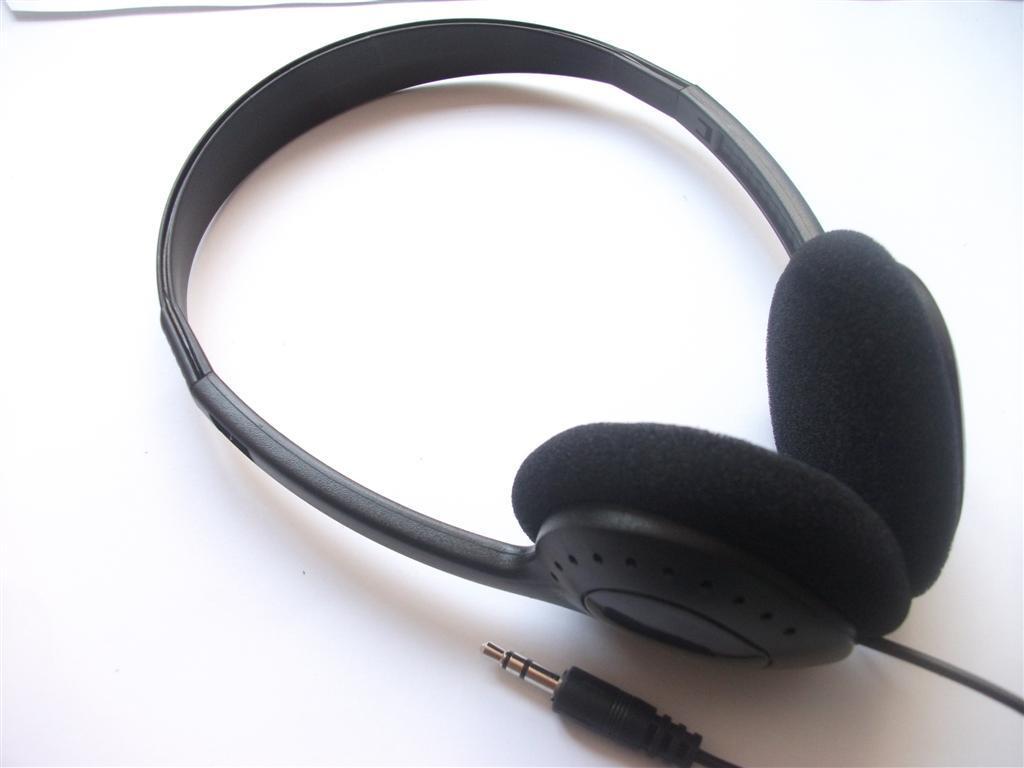 100 stks klasse headsets hoofdtelefoon hot selling wegwerp stereo headset luchtvaartmaatschappij hoofdtelefoon voor ziekenhuisschool sportscholen /