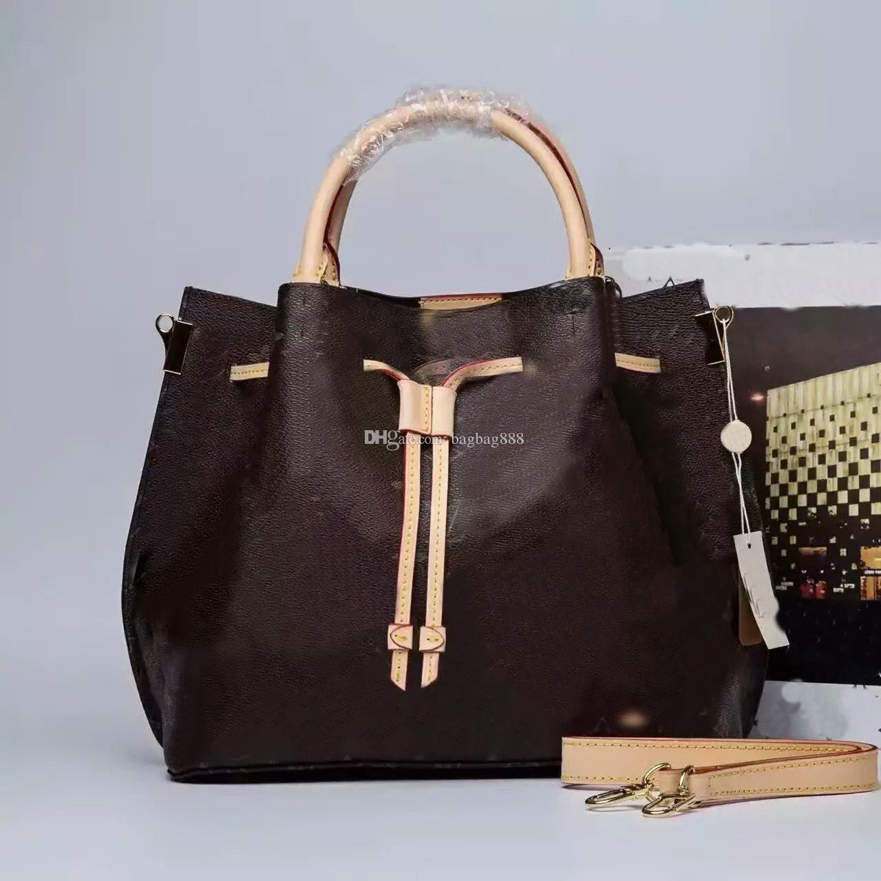 Famous and popular brands of handbags: description, list and reviews 9