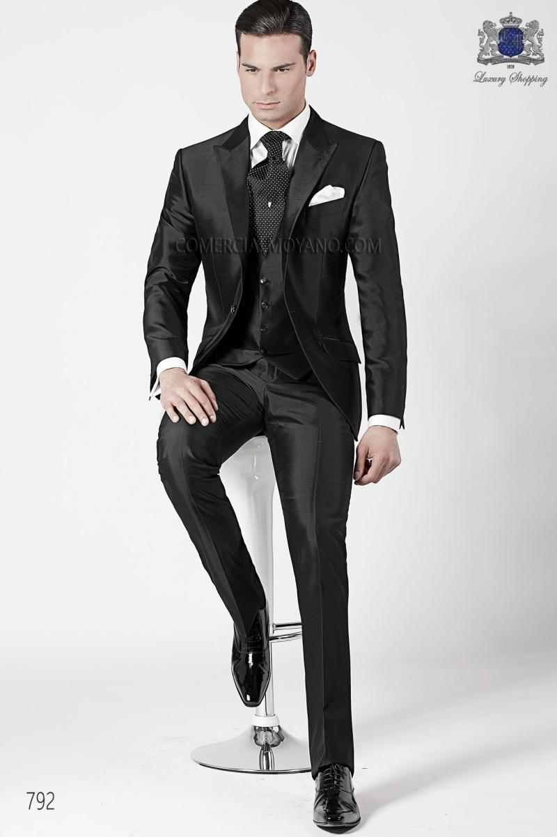 Custom made black mens suits jacketpantstievest wedding tuxedos see larger image junglespirit Images