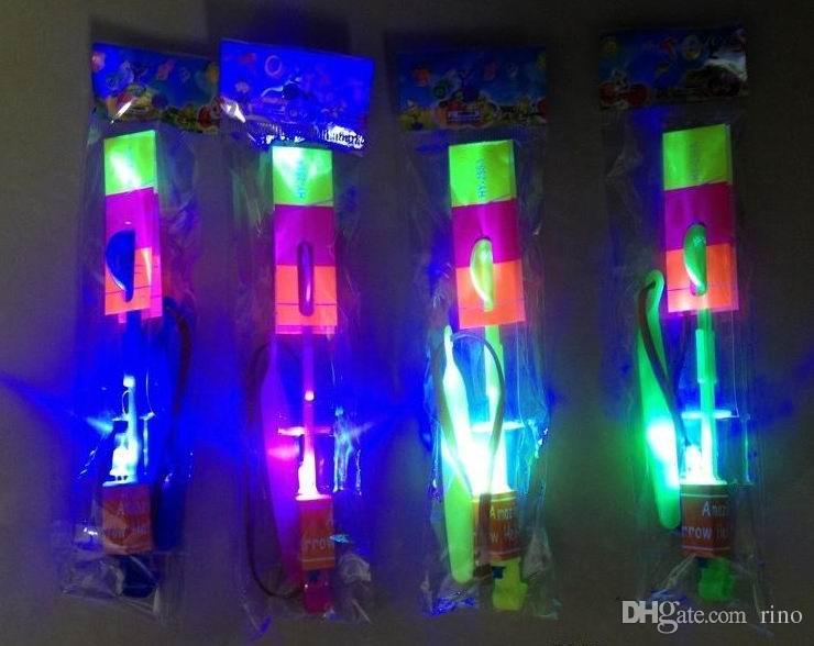 LED素晴らしい飛行矢印ヘリコプターフライアロー傘子供のおもちゃギフトギフト卸売ホットセール送料無料