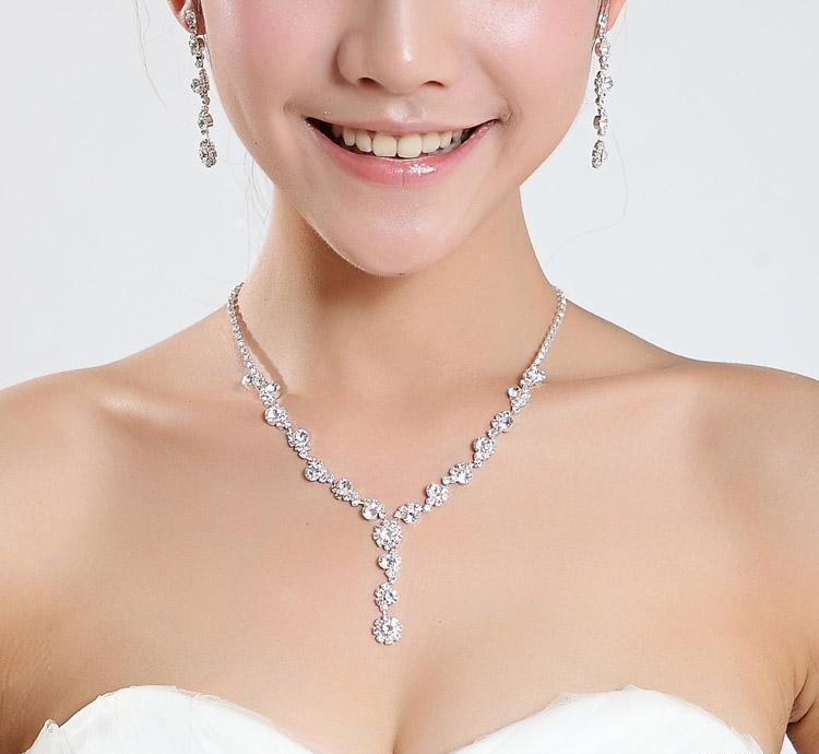 Pretty Simple New Silver Wedding Formal Jewelry Accessories