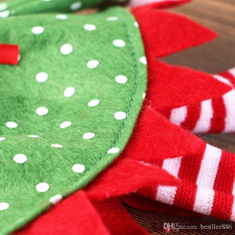 Weihnachtsweinflasche deckt Rotwein sackt Dekoration Sankt-Schneemann-Art mit roter hübscher Bindung mit Kleinpaket-Tropfenverschiffen ein