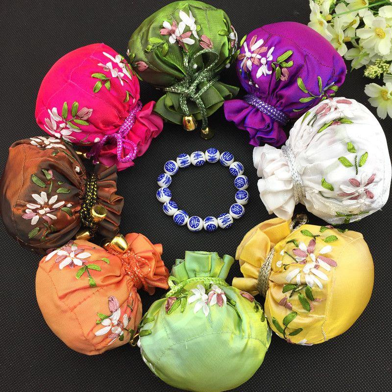Mode Hand Ribbon Broderi Travel Smycken Bollkedjor Multi Pouch Drawstring Silk Storage Väskor 50st / Mix Färgfri frakt