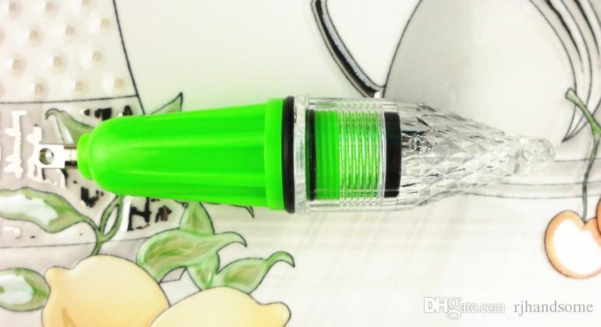 الصمام للماء ضوء الصيد إغراء يحتاج إلى بطارية 5th مصغرة العميق قطرة تحت الماء الحبار الطعم الصيد إغراء وامض ضوء 12 سنتيمتر / 28 جرام