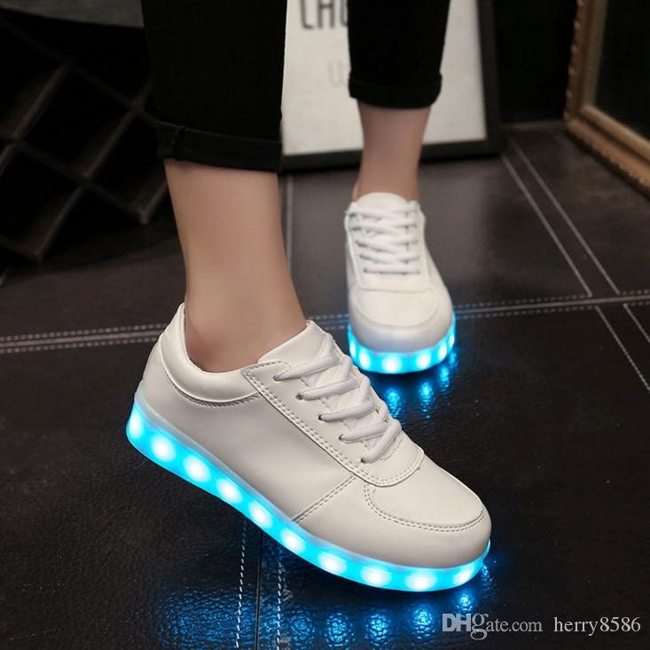Shoes Usb Charge Led Shoes Couple Casual Shoes With Led Luminous Men Shoes Light Up Male Shoes Zapatos Mujer Fashion Lace Up Loafers Attractive Appearance Men's Shoes