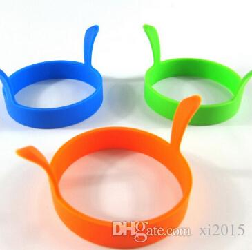 Wholesale Kitchen Round Silicone Egg Fry Fried Oven Poacher Pancake Ring Mould Tool