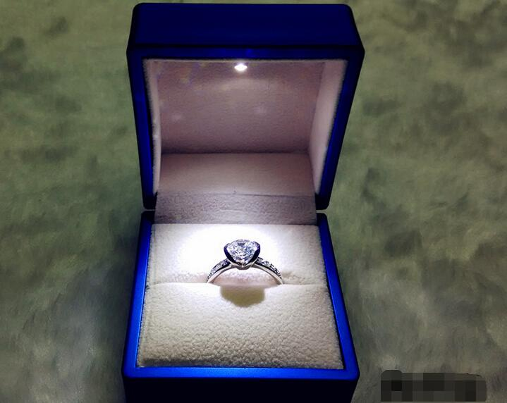 2018 Deluxe Blue Plastic Led Lighted Engagement Proposal Ring Box Jewelry Gift Box Case Novelty Gift Propose Marriage Necessary From Keystone ... & 2018 Deluxe Blue Plastic Led Lighted Engagement Proposal Ring Box ... Aboutintivar.Com