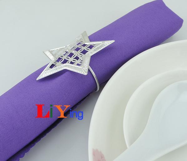 Anéis de Guardanapo de prata titular do guardanapo de casamento favores do casamento decoração Suprimentos piercing em forma de estrela anel de metal para guardanapo de mesa de jantar