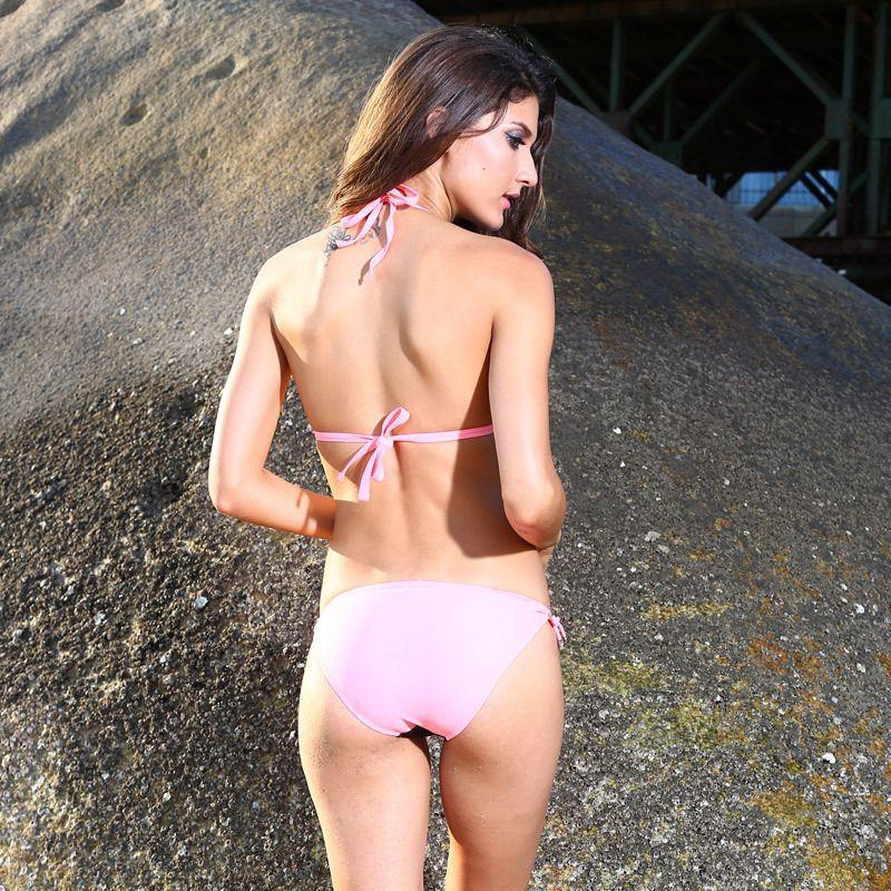 Bikini Cavegirl Sex online