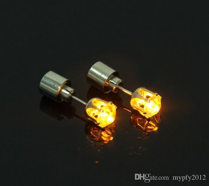 Vente chaude Cool Light Up LED Lumière Boucles D'oreilles Shinning Boucles D'oreilles Pour Bar Unisexe Mode Bijoux Cadeau pour femmes dames fille Cadeaux