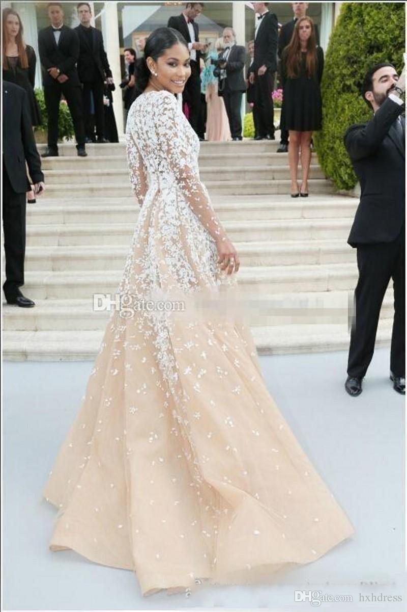2020 Zuhair Murad Champagner Tüll Pageant Celebrity Kleider mit langen SEEFES Illusion V-Ausschnitt Spitze Applique Winter Formale Abend Prom Kleider