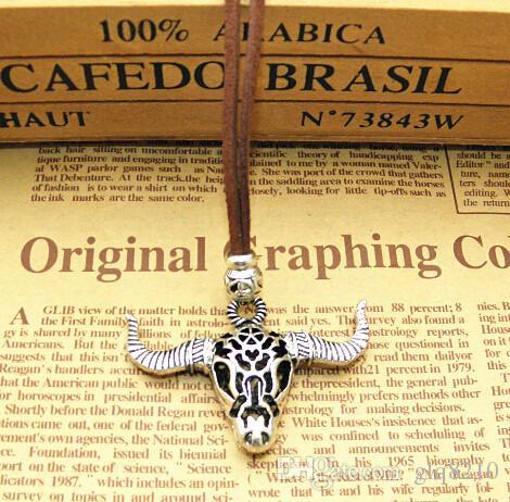 Neu!! Weinlese-tibetanisches silberne Charme-Halsketten-Engels-Flügel-Herz-hängende Halsketten-Liebes-lederne Schnur-Geschenk-Frauen Schmucksachen