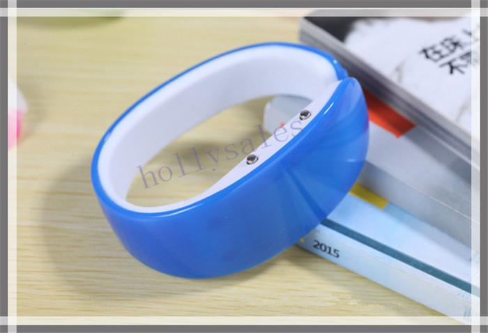 LED plastic candy bracelet watches easy to wear bangle wristwatches bracelet watch with digital disply touch screen for man women