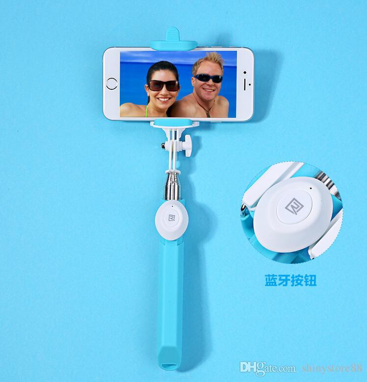 REMAX P3 Fashion Bluetooth Selfie Stick Monopiede con design Novel espandibile gli smartphone IOS / Android