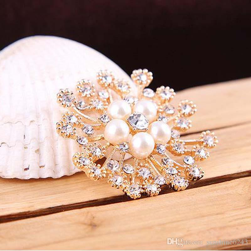 High Quality Faux Pearl And Crystals Popular Gold Silver Snowflake Brooch Luxury Czech Crystals Women Brooches Pins