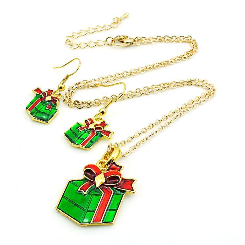 Jinglang Set di gioielli di moda placcato oro verde regali di Natale le donne Charms Orecchini Collana Set SDTZ0013