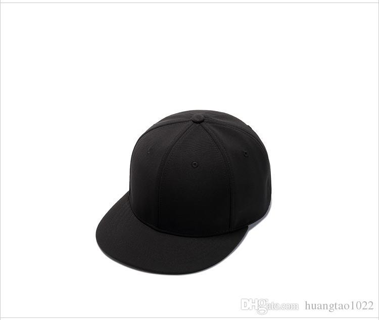 Acquista Classic Design Snapback Cap Uomo Moda Grigio Nero Berretto Da  Baseball Rock And Roll Heavy Metal Cappelli Superstar Old Skool Snapback A   12.44 Dal ... 5a563c512957
