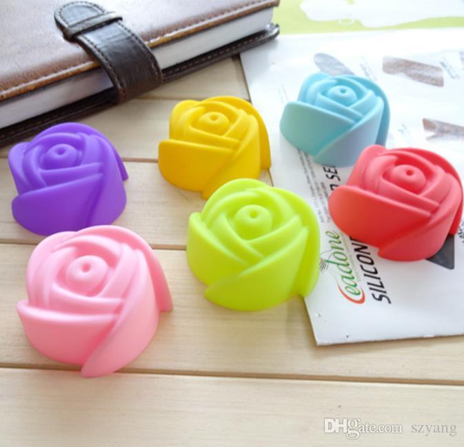 2000 adet / grup, çapı 5 cm Silikon Cupcake Kılıfları Gül Şekilli Kek Pişirme Kalıpları Fincan Set Mutfak Craft Aracı Bakeware Pasta Araçları Kek Kalıp