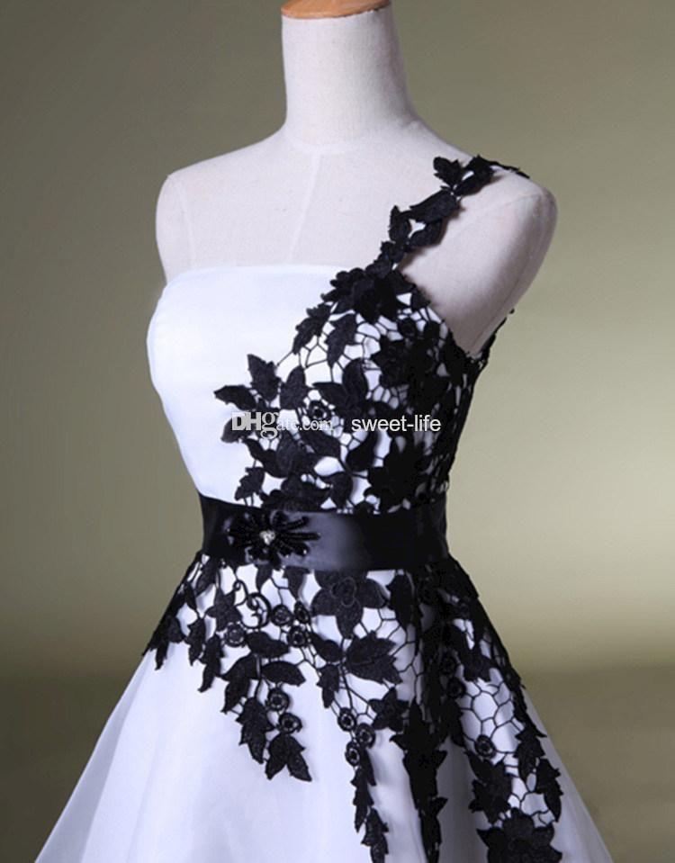 Korte homecoming jurken wit en zwart een schouder kant riem kralen tule jurken voor prom cocktail 8th college afstuderen jurk