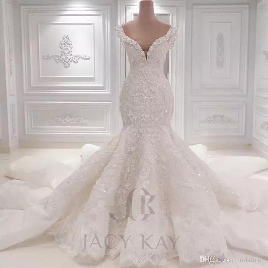 Vestido De Noiva Lace Wedding Dresses 2018 Spring Designer New Crystal Pearls Embroidery For Church Wedding Party Dresses Bridal Gowns