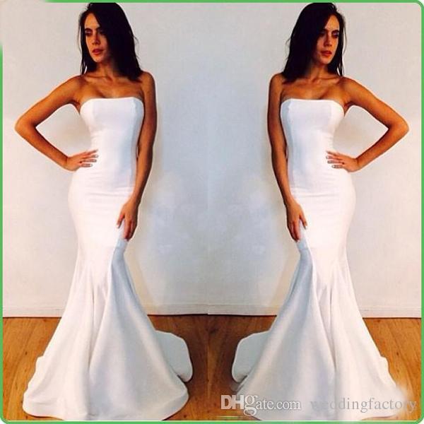 Abiti da sera economici Michael Costello eleganti abiti da festa di promenade della sirena elegante senza spalline bianco Custom Made Celebrity Red Carpet Gowns
