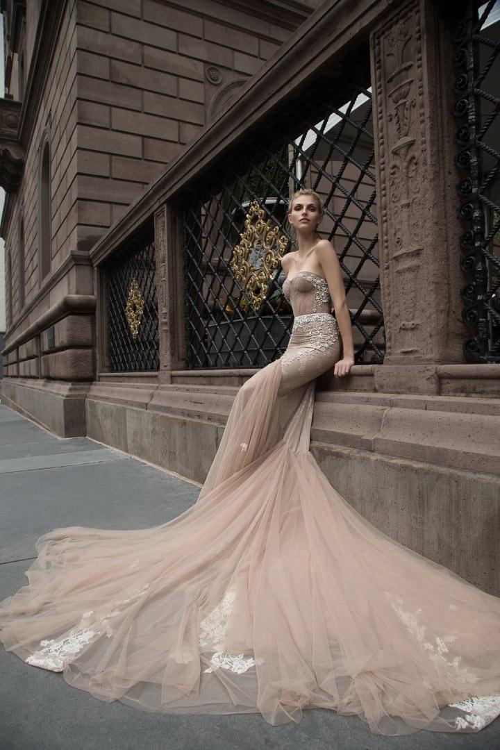 2019 Inbal Dror 인어 공주 웨딩 드레스 비즈 Applique Backless 트럼펫 신부 가운 해변 빈티지 웨딩 드레스