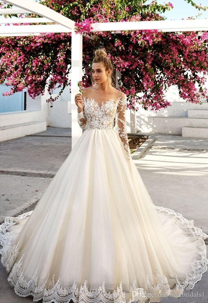 2019 Lace Vintage Plus Size Long Sleeve Lace Wedding Dresses Boat Neck Beach Bodice Appliques Bridal Gowns Arabic Dubai Custom Made