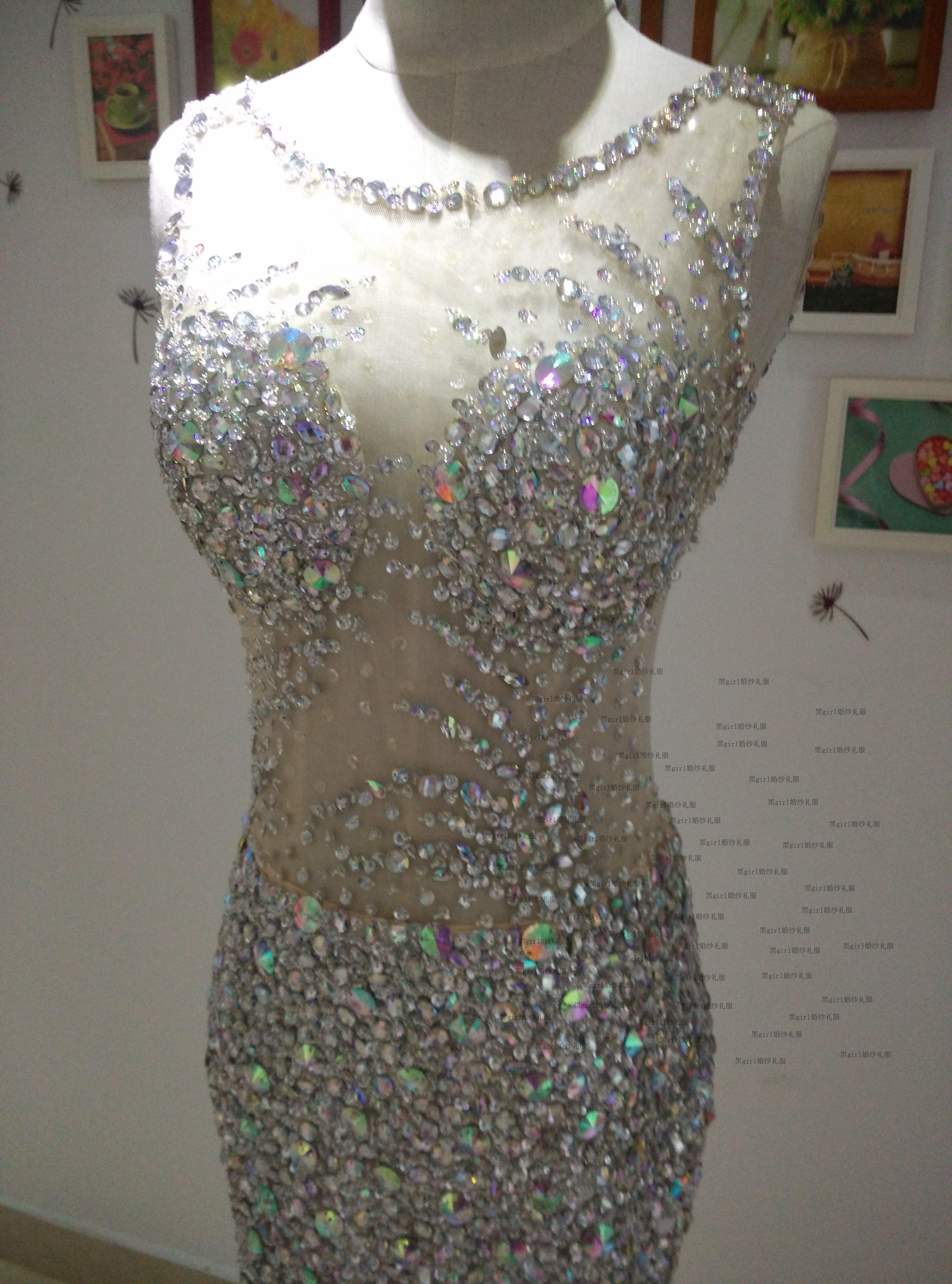 Sexy Backless Colher Pescoço de Cristal Frisada Sereia Vestido de Noite 2016 Tribunal Train Vestido de Noite Custom Made