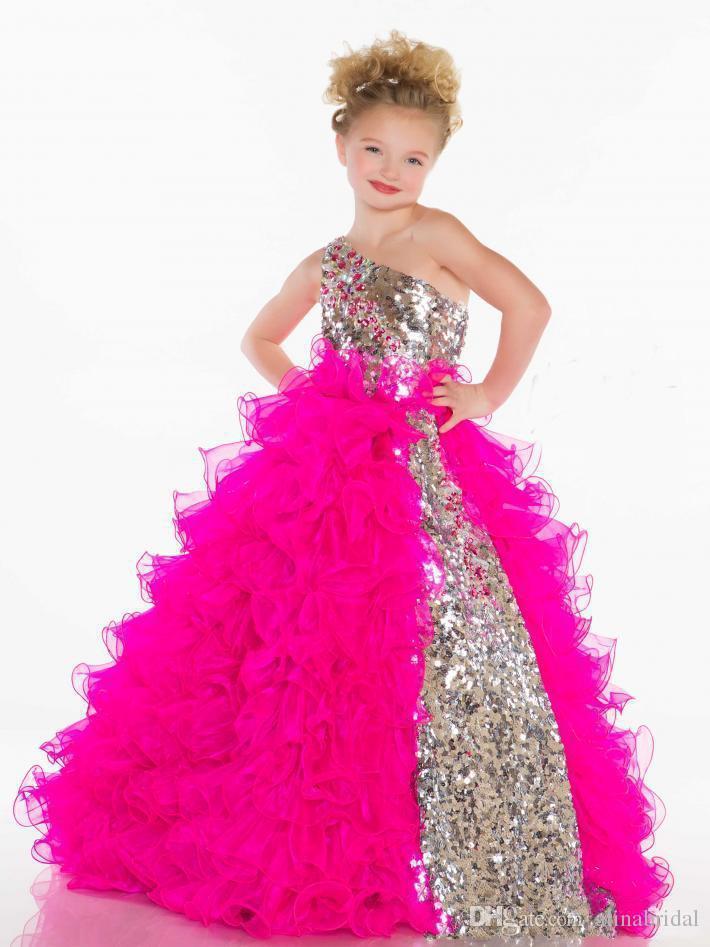 2015 Glitz Sequins Платья для девочек с одним плечом Смазливая принцесса Pleat Organza Fuchsia White Ball Gown Маленькое свадебное платье для девочек