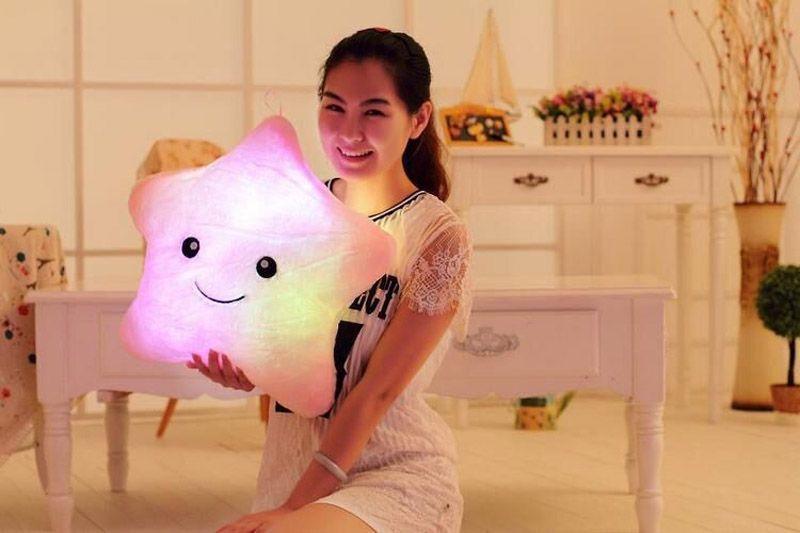 Colorido LED de luz de destello de cinco estrellas muñeca de felpa animales juguetes de peluche tamaño 40 cm de iluminación Regalo de regalo de Navidad de peluche de peluche de juguete