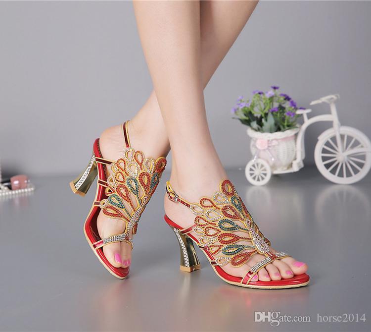 Banquete de fiesta de las mujeres zapatos de fiesta de verano sandalias de diamantes de imitación punta abierta tacón grueso zapatos de novia de tiras para la novia de color rojo negro
