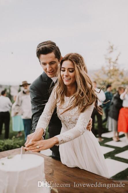 2019 pas cher Boho pays robes de mariée manches longues une ligne bijou étage longueur robes de mariée en dentelle en mousseline de soie taille plus robes de mariée