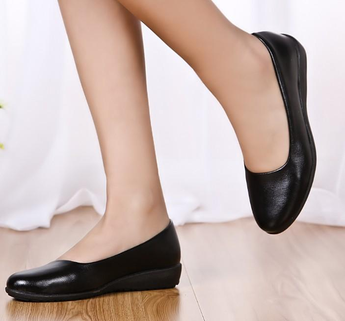 Ultra Soft Black Leather Work Flat Mother Single Shoes Comfortable