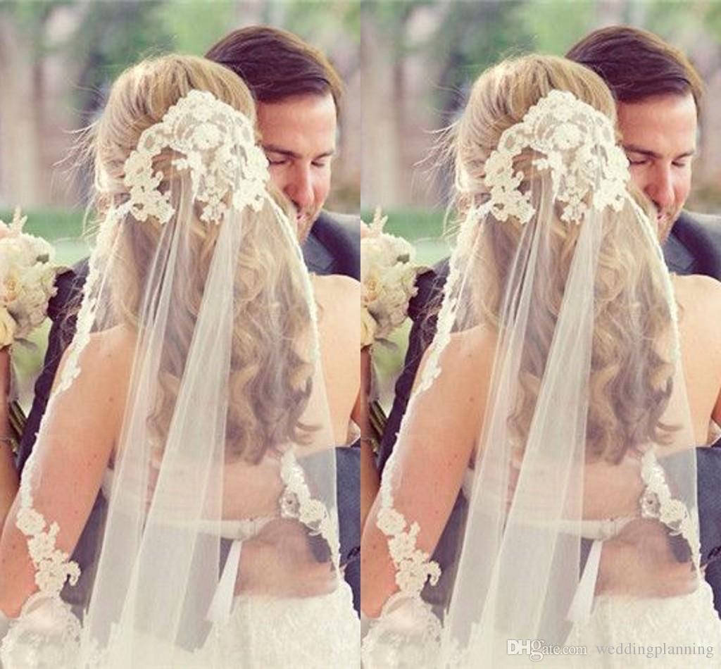 Veli da sposa economici Spedizione gratuita Pizzo Vintage Bianco Avorio Tulle Velo da sposa da sposa Gomito Lunghezza Uno strato Eventi Appliques formali